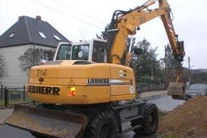 利勃海尔轮式挖掘机
